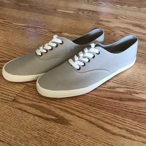 American Eagle Low Cut Shoes